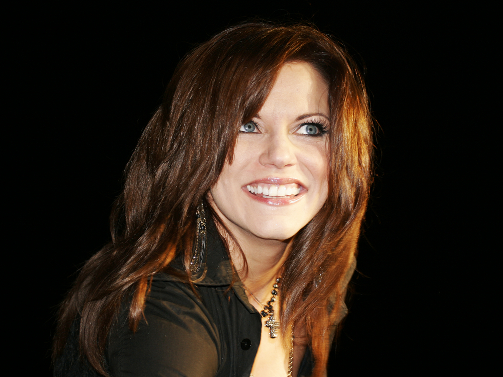 Martina McBride Grants Child with Muscular Dystrophy's Dying Wish Before Passing Away