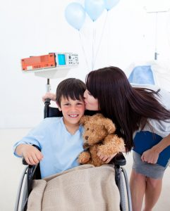 Duchenne MD Patients Need Most Support When Transitioning to Wheelchairs and Respirators, Study Finds